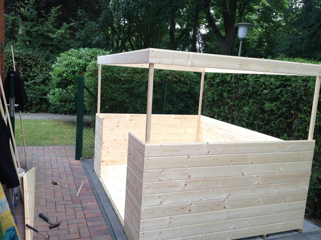 Aufbau Gartenhaus - 2
